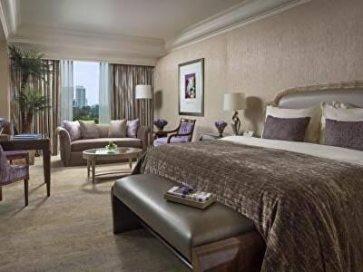 Splendor King Bed